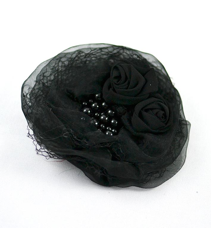 μαυρη μπουτονιερα περλες