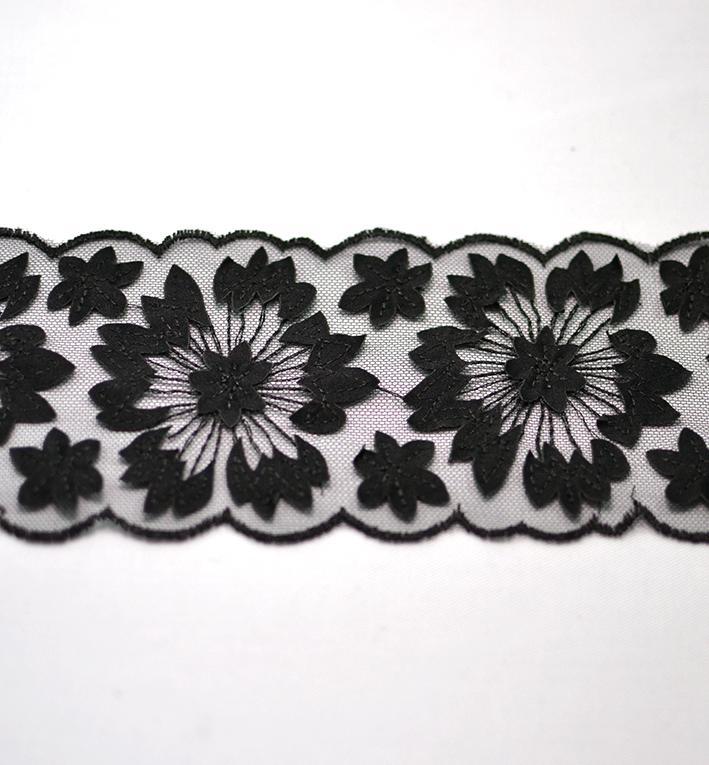 δαντελα μαυρη λουλουδια